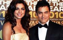 Priyanka Chopra, Aamir accept PM Modi's Clean India Campaign invite
