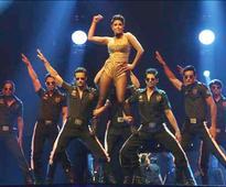 Priyanka charges hefty amount for IIFA performance