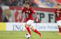 Italy's Diamanti joins Palermo   Rome: Italy international midfielder Alessandro Diamant...