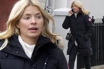 Holly Willoughby steps out completely makeup-free as she gets in the festive spirit