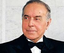 Heydar Aliyev, preferred Armenian cognac to Azerbaijani one