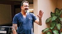 Bollywood  celebs  hail Sanjay Dutt's release
