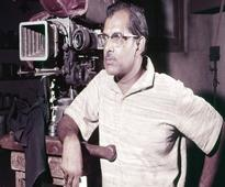7 Must Watch Hrishikesh Mukherjee songs
