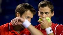 Canada outlasts Italy in Davis Cup doubles match
