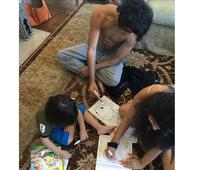 AbRam Suhana and Aryan Khan colouring together is adorable