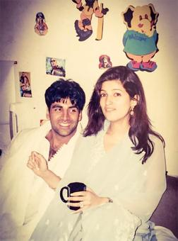 Akshay-Twinkle's adorable throwback picture