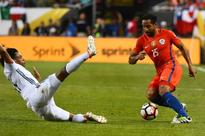 Thunderstorm halts Copa semi as Chile lead Colombia 2-0