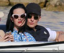 Katy Perry surprises beau Orlando Bloom with birthday bash