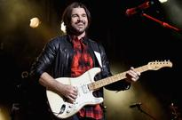 Juanes To Collaborate With Kali Uchis On New Album