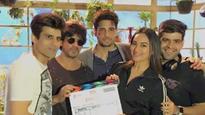 Sidharth Malhotra and Sonakshi Sinha begin shooting for 'Ittefaq', Shah Rukh Khan thanks team!