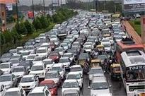 Delhi traffic situation alarming, police failed: Panel