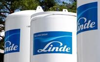 WOLFGANG REITZLE : Linde resumes merger talks with Praxair, CEO resigns