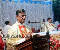 Mangaluru- Easter Vigil at St Lawrence Church, Bondel - Photo Album