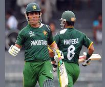 Pakistan ignores Hafeez, Kamran for World XI series