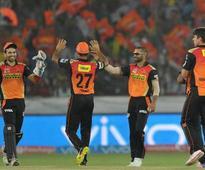 Live Streaming IPL 2016: Sunrisers Hyderabad (SRH) vs Royal Challengers Bangalore (RCB) Live Cricket Score Updates