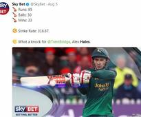 Hales misses equalling Gayle's fastest T20 century record by a whisker