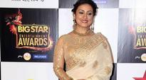Divya Dutta gets proposed on Twitter and Twitterati just can't handle it