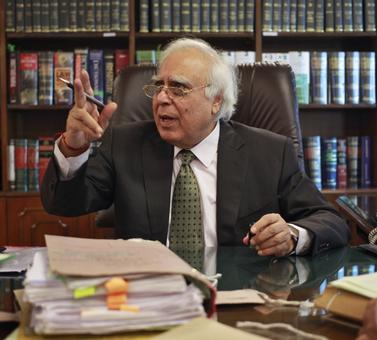 MCD Polls: Kapil Sibal calls out Congress for 'sidelining' veteran leaders