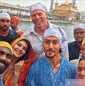 See Picture: Team 'A Flying Jatt' visits the Golden Temple