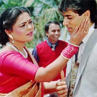Reema Lagoo's winsome moments as Bollywood's Ma
