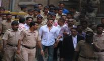 Salman Khan acquitted in illegal arms case by Jodhpur court for lack of evidence 1 hour ago