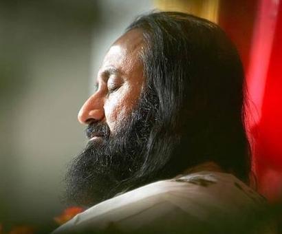 Those who say AOL irresponsible have sense of humour: Sri Sri on NGT rebuke