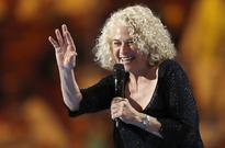 Carole King Performs 'You've Got a Friend' at DNC: Watch