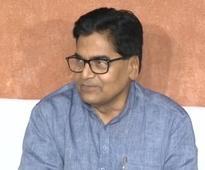 I stand with Akhilesh, we will again make him Chief Minister: Ram Gopal Yadav