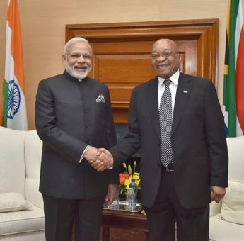 PM Modi feels 'at home' in Rainbow Nation