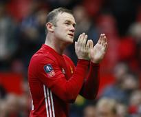 Manchester United's Wayne Rooney can extend career by staying motivated, says Jose Mourinho