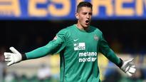 Aston Villa sign goalkeeper Pierluigi Gollini from Hellas Verona