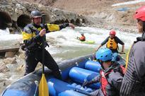 Rafting event offers quake-hit Yushu chance to make splash