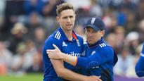 Morgan lauds Woakes after wash-out