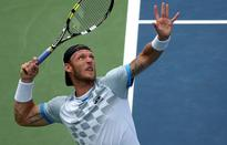 Groth a victor in Vegas
