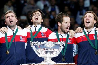 Pouille wraps up 10th Davis Cup title for France