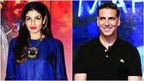 Raveena Tandon to judge laughter show with Akshay Kumar?