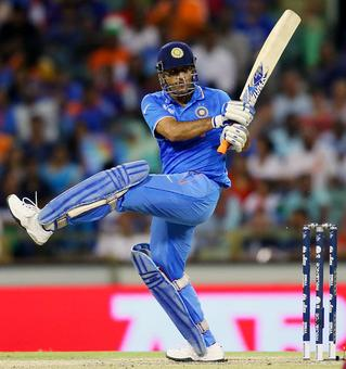Nehra gives Dhoni vote of confidence