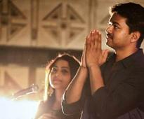 Vijay assures release of 'Kaththi' on Wednesday