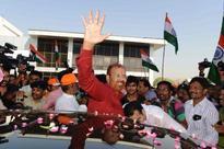 DG Vanzara returns home a saffron hero