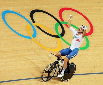 Cycling: Italy's Elia Viviani recovers from crash to win omnium gold