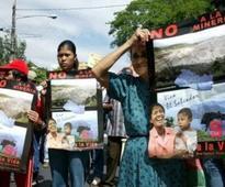 Protestan en sucursal del Banco Mundial para que no condene a El Salvador en demanda minera