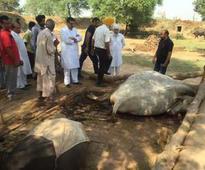 Ch Manmohan visits firing affected villages