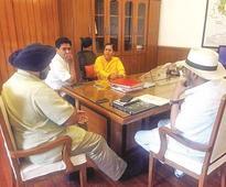Mishra submits roadmap to Uma Bharti over Yamuna cleanup plan