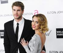 Miley Cyrus-Liam Hemsworth wedding plans to change again; couple waiting for Hemsworth family's approval?