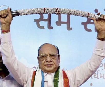 Did NOT vote for Ahmed Patel, says Shankersinh Vaghela