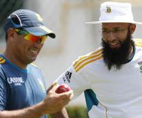 Cricket-Domingo believes patience will bring rewards for South Africa