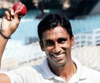 Maharashtra complete bonus point win