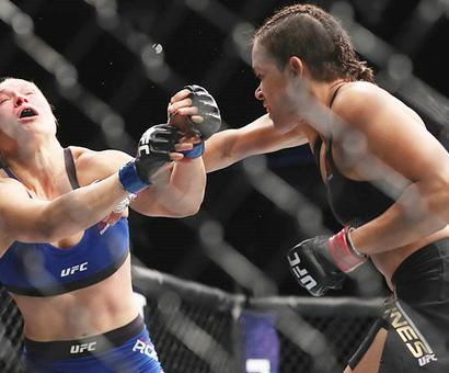 Ronda Rousey's effort to reclaim her title ends in failure