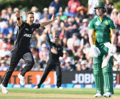 Taylor, Boult shine as NZ square South Africa series