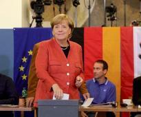 Merkel's 4th term in doubt as FDP breaks off German coalition talks